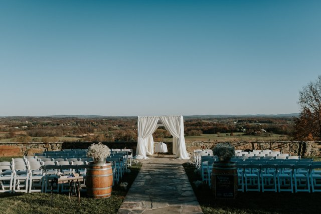 Bluemont Vineyard Wedding (9)